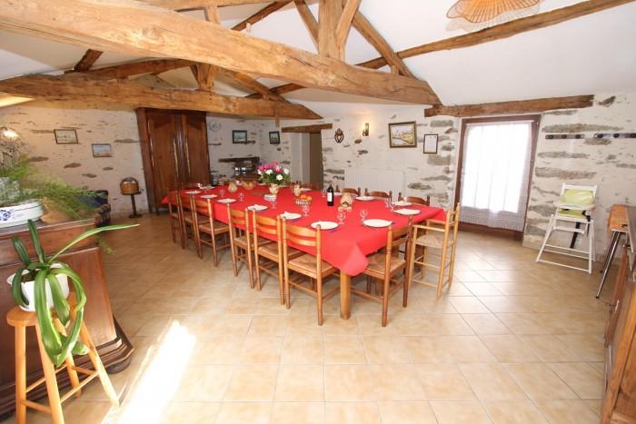 Location de la salle pour réunion et pour le gite de groupe