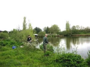 Gîte de pêche sur étang privé de 3 ha sur place