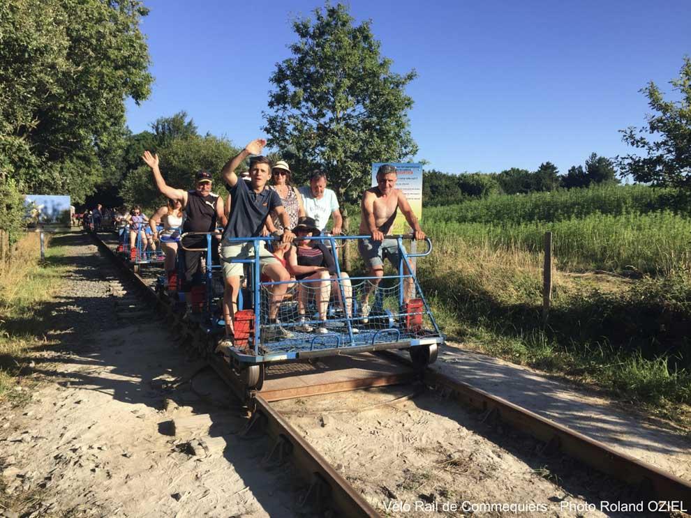 Vivre un moment incroyable en famille ou entre groupes d'amis au Vélo-Rail de Commequiers