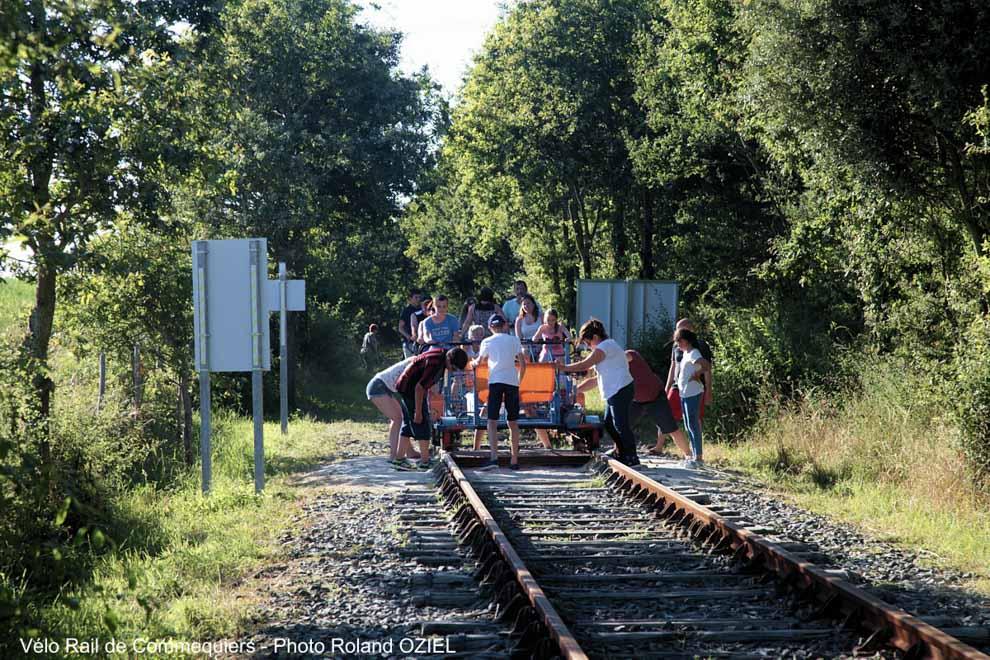 Une activité de groupe le Vélo-Rail de Commequiers